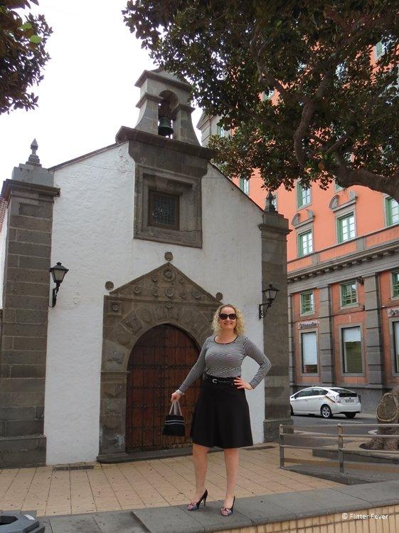 Strike a pose at small church in Las Palmas de Gran Canaria
