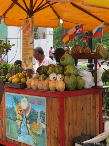 Drinks Cuba coconut pineapple Havana