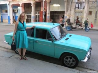 color match car dress Havana Centro
