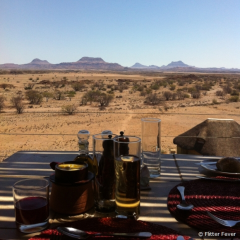Lunch with a view @ Doro Nawas, Namibia
