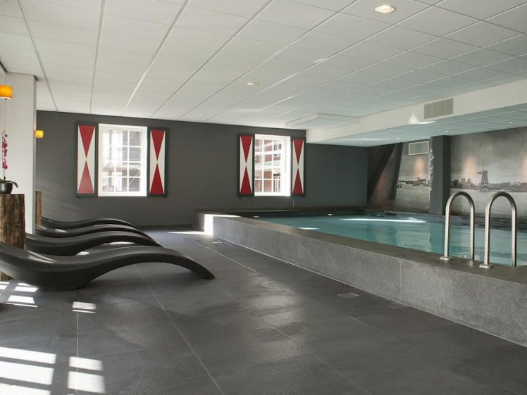 Pool Inntel Zaandam Amsterdam