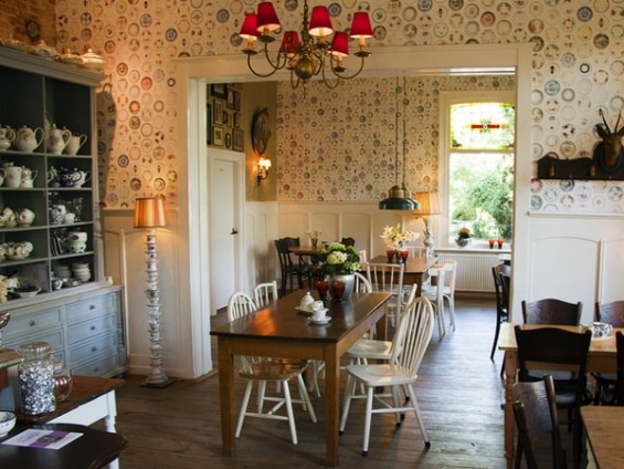 Thea house 'Sprakel in the forest' in Lonneker