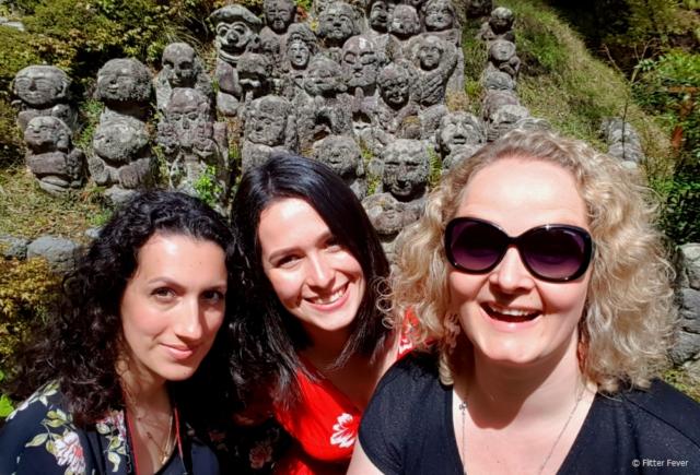 Having fun with these sisters at Otagi Nenbutsu-ji, Kyoto