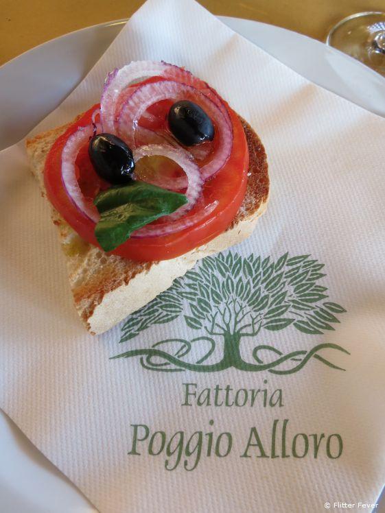 Tuscan bruschetta with a twist at Fattoria Poggio Alloro