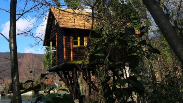 Treehouse Bihac in Racic near NP Una