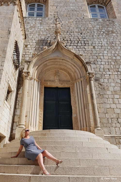Admiring Dubrovnik's architecture