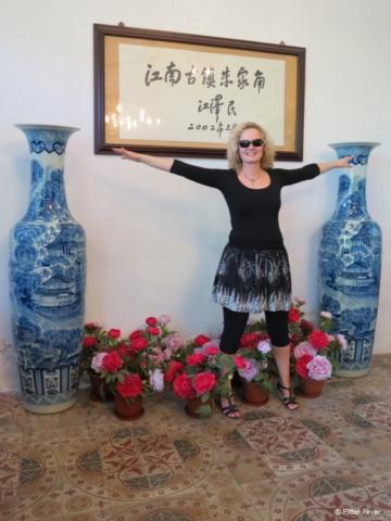 What a huge vases