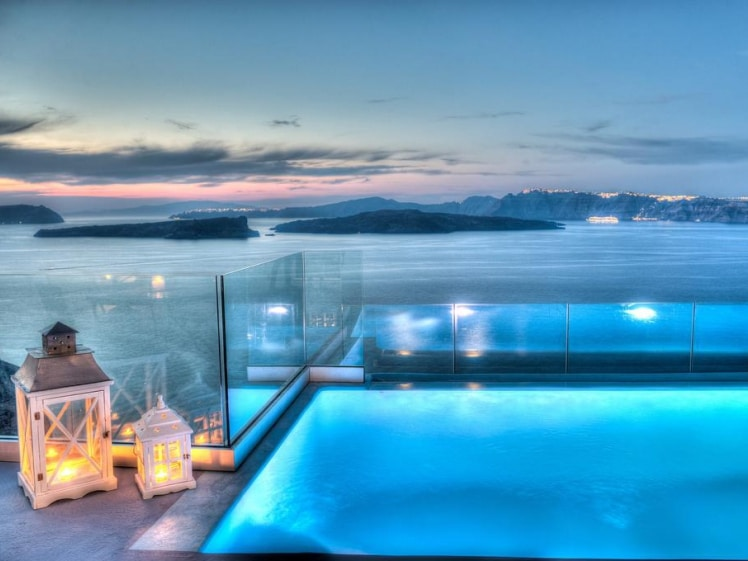 Asarte Suites terrace with pool