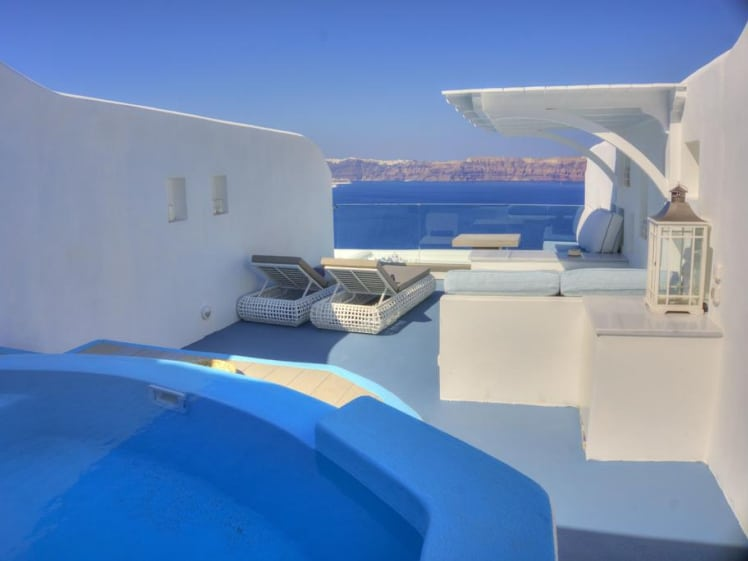 Such a wonderful terrace with privacy @ Asarte Suites, Santorini