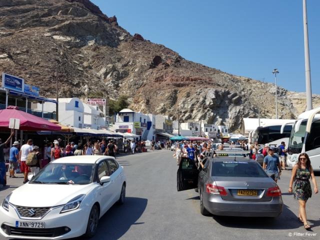 Chaos when a ferry arrives at Santorini port