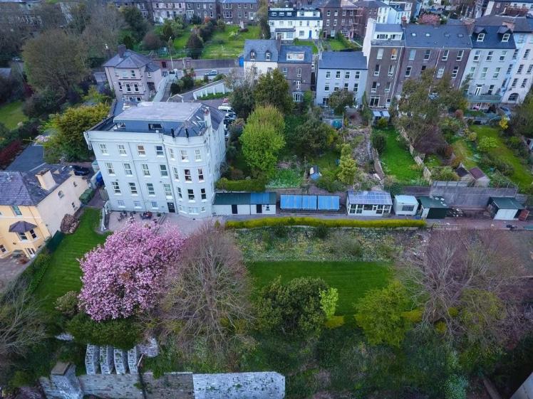 Gabriel House Guesthouse in Cork bird view