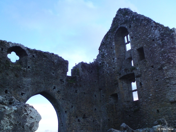 Ruins of castles and abbeys can be found all around Ireland