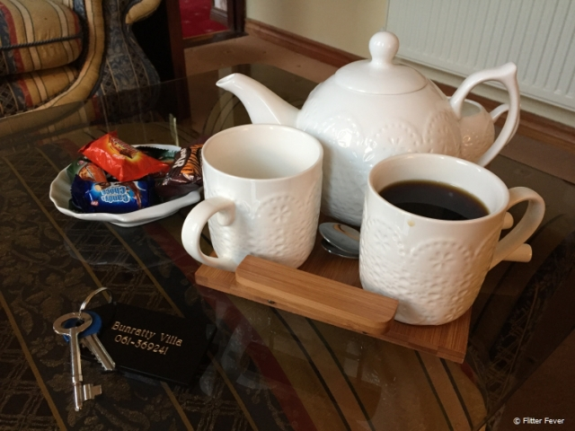 A warm welcome with tea, coffee and sweets upon arrival at B&B The Villa in Bunratty