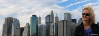 New York skyline, always a pleasure (seen from Brooklyn Bridge)