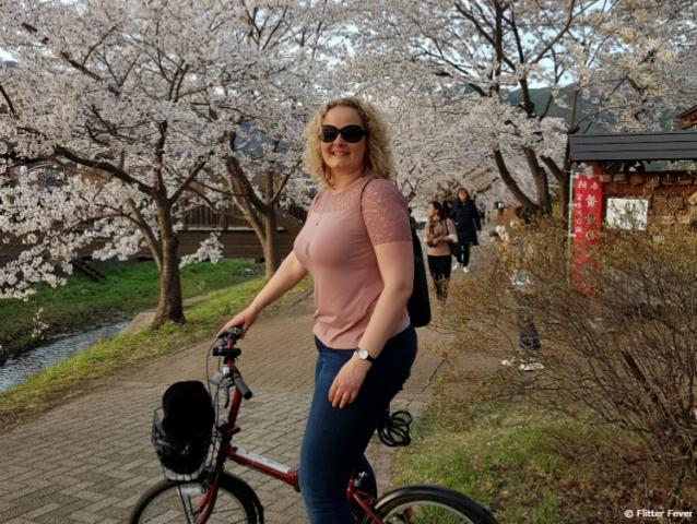 Riding my bike around Lake Kawaguchiko and Mount Fuji