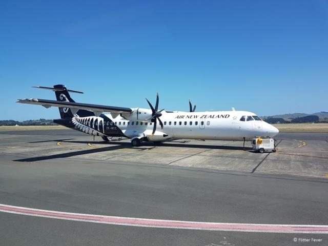 Air New Zealand plane at Napier airport