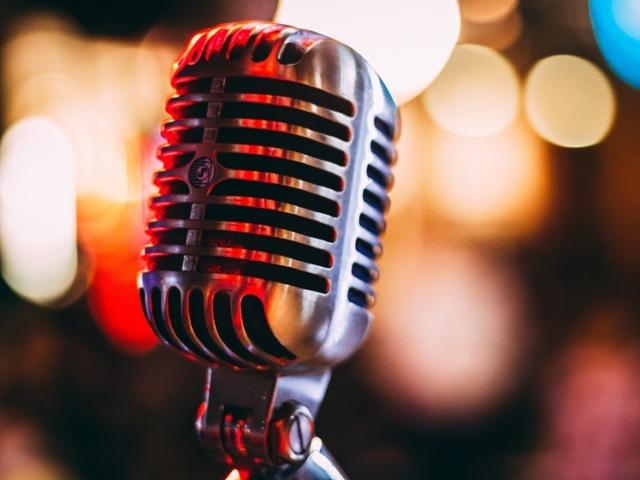 Classic microphone (photo credits Israel Palacio)
