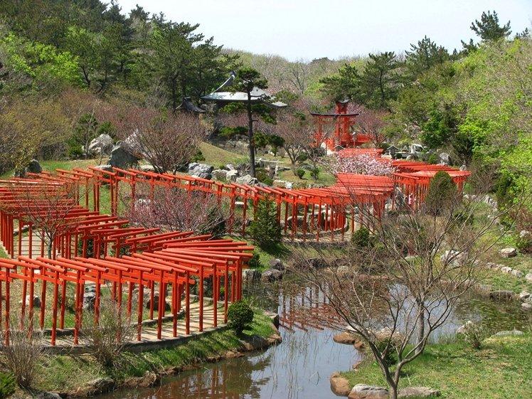 Takayama Red Torii
