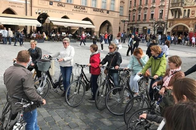 Bike Tour Mijn Praag Tours 3 hours NL Dennis