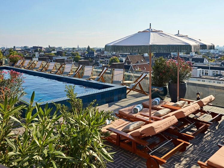 Soho House Amsterdam rooftop pool (photo credits Vogue)