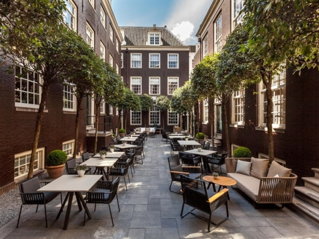 The Dylan courtyard