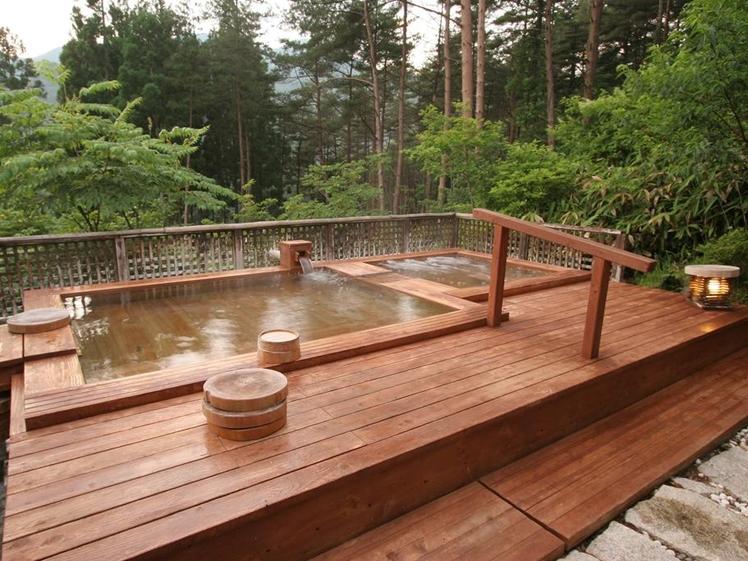 Outdoor onsen bath right side Ryokan Hotel Fuki no Mori