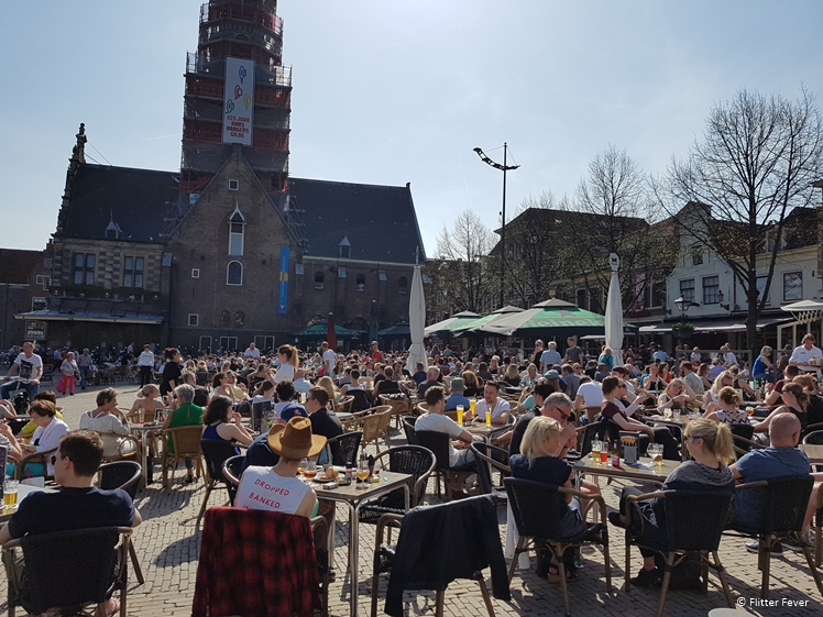 Sunny terraces at Waagplein when there is no cheese market