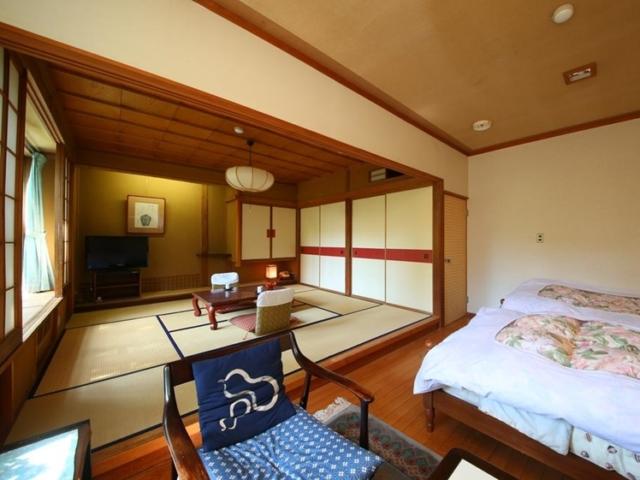 Western style room at Yudanaka Yumoto