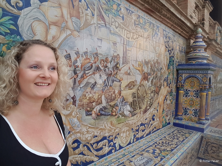 Close up at Plaza de Espana tile bench