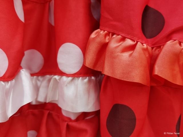 Red flamenco dresses for sale near Plaza de Espana