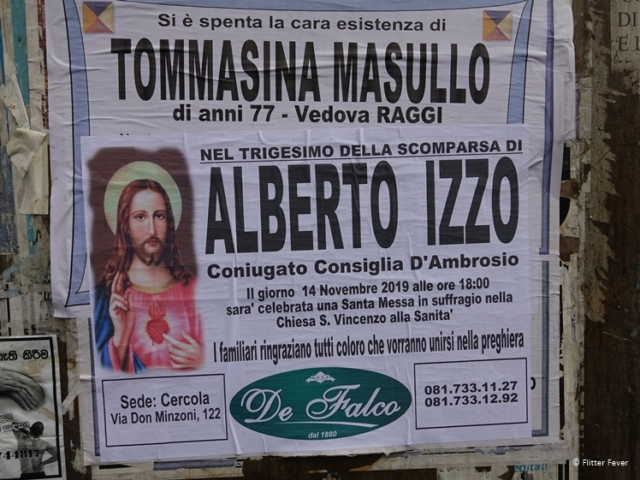 Announcement poster someone has died in Naples