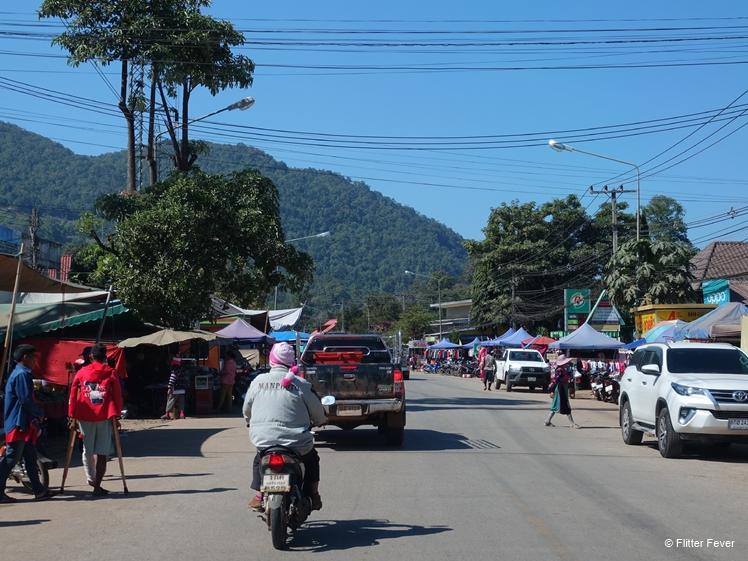 Pang Mapha between Lod Cave and Ban Cha Bo