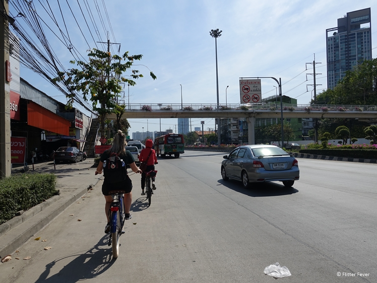 Who would have thought I would cycle on a highway in Bangkok one day