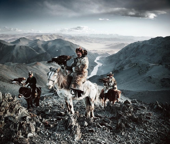 Mongolian men horses Jimmy Nelson