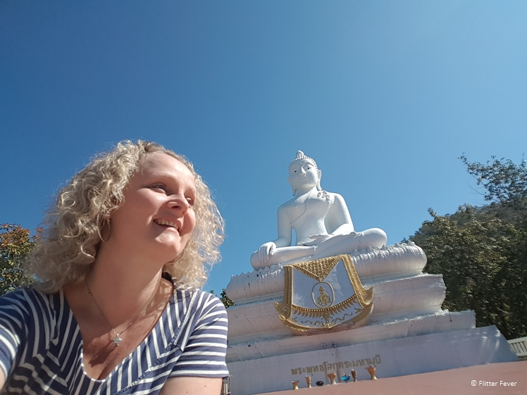Selfie at big White Buddha in Pai