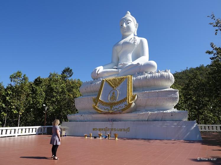 Wat Phra That Mae Yen White Buddha Pai
