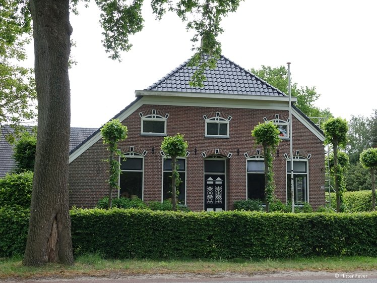 Charming old farm house in Eext Drentsche Aa