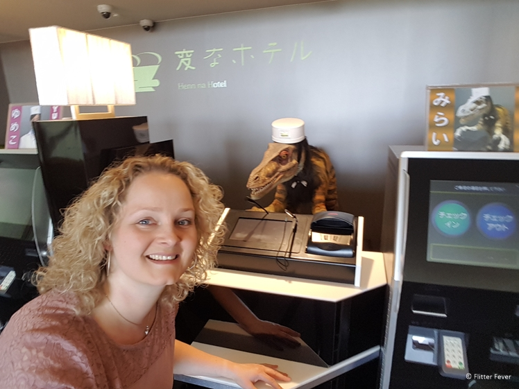 Check in at robot hotel Henn na in Huis ten Bosch Japan