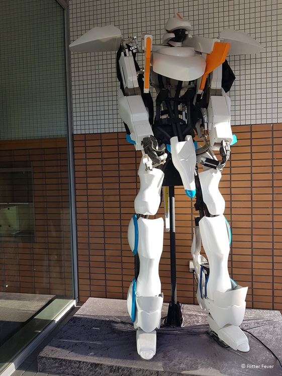 Huge robot at the entrance of Henn na Hotel Huis ten Bosch Japan
