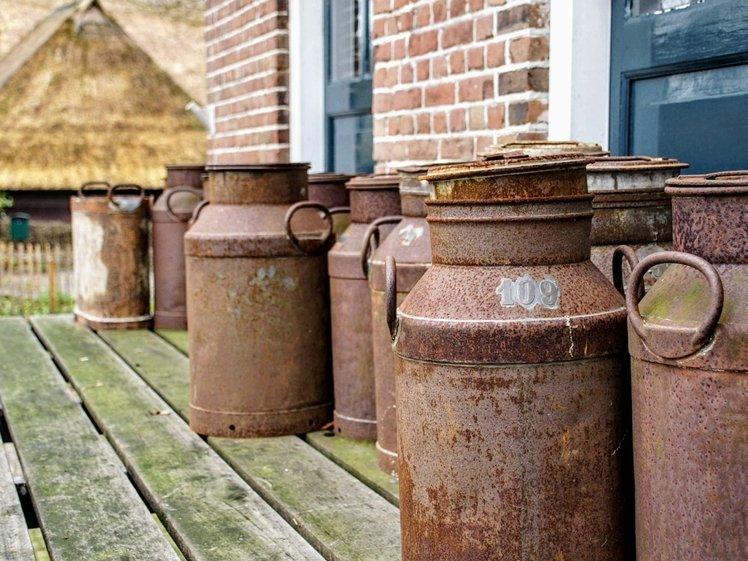 Oude melkbussen in Orvelte Drenthe (foto Is-A via Pixabay)