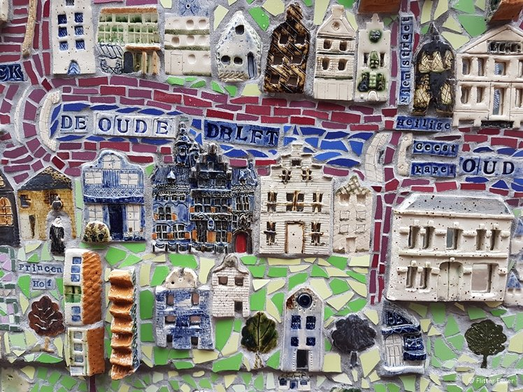 Delft Ceramics Map by mosaic artist Nan Deardorff McClain