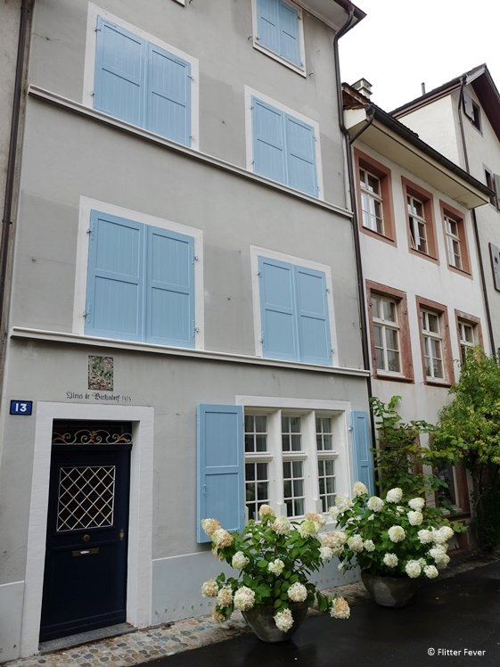 House with the baby blue shutters built in 1313 (Basel)