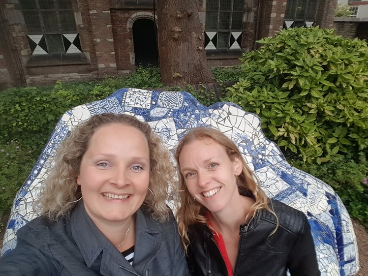Elisa and Elizabeth at the Hommage to Gaudi (Prinsenhof Delft)
