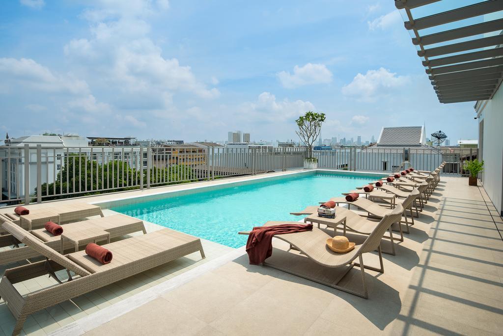 Casa Vimaya Riverside hotel Bangkok rooftop pool