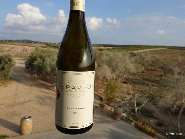 Bravdo Chardonnay and vineyard near tel Aviv