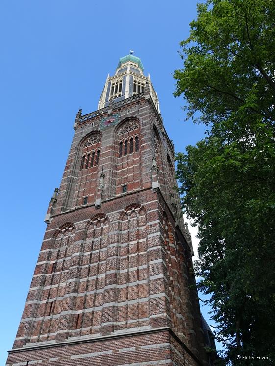 De 75 meter hoge toren van de Zuiderkerk in Enkhuizen