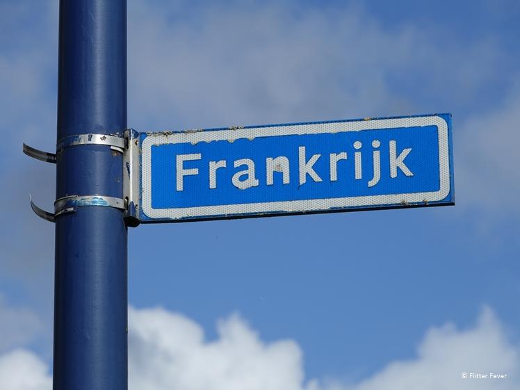 Frankrijk in Nijeberkoop straatnaambordje Zuidoost Friesland