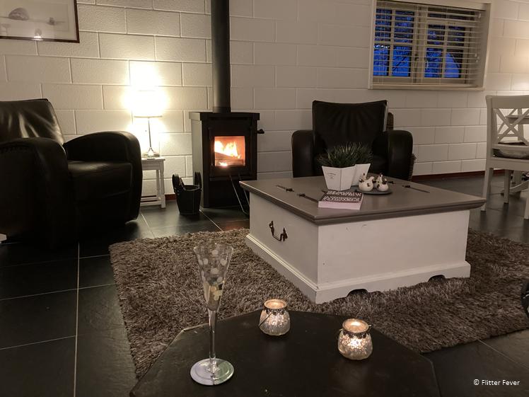 Fire on, glass of wine, enjoy at Efkesutfanhuzje