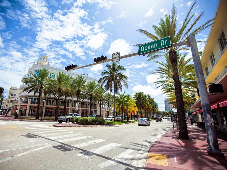 Ocean Dr Miami Beach Florida round trip