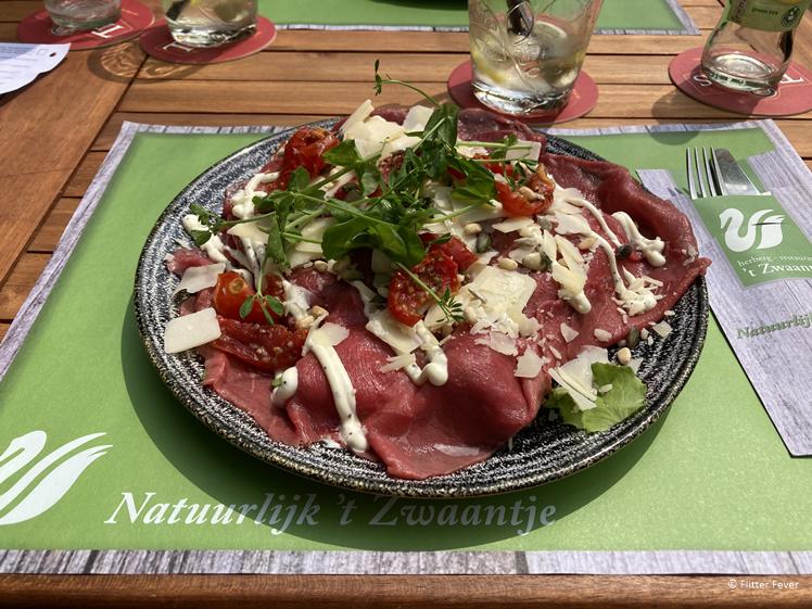Carpaccio salade bij 't Zwaantje